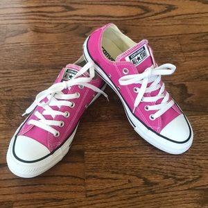 Pink Converse women's size 7